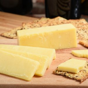 Mild Mature Cheddar Cheese 500-550g